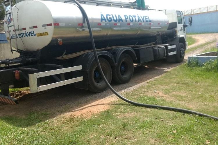 entrega de água com caminhão pipa em porto alegre central rs
